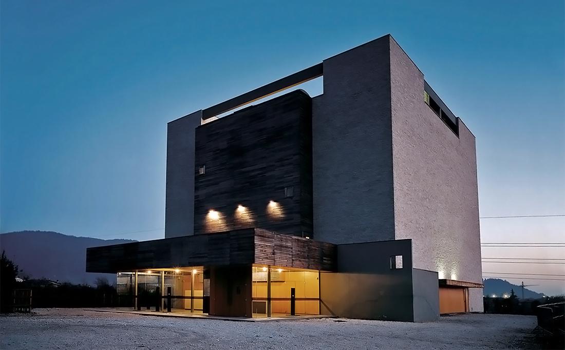 Sajni e Zambetti s.r.l. | Teatro Polifunzionale Centro Lucia - Botticino (BS)